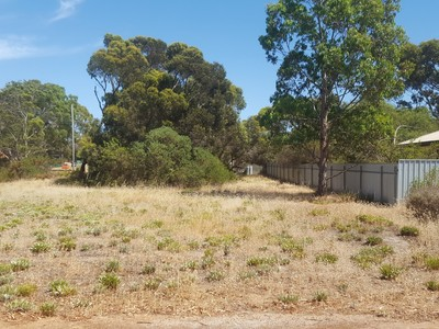 Lot 49, The Parade, Brownlow Ki