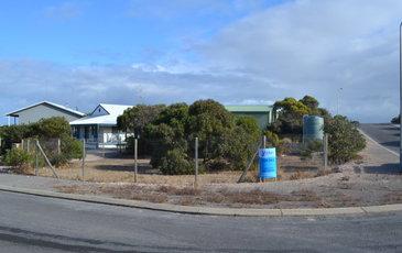 2 Eucalyptus Court, Marion Bay