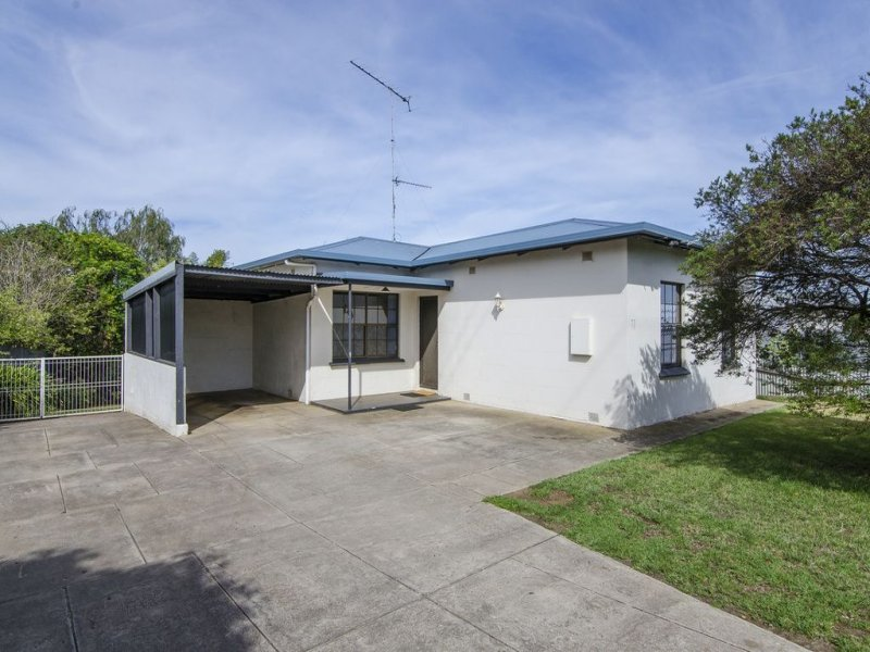 77 Wireless Road West, Mount Gambier