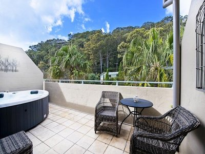 11 / 39 Iluka Road, Palm Beach
