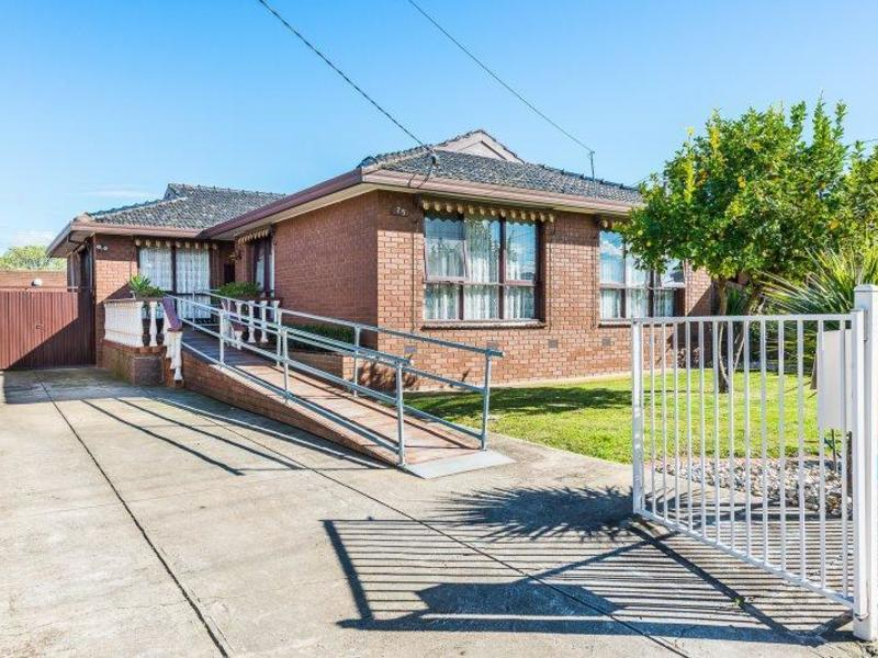 75 Mulhall Drive, St Albans