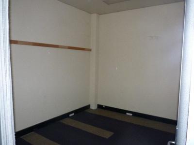 First Floor, 48 McLachlan Street, Horsham