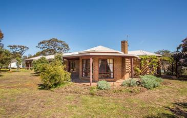 185 Pearsons Road , Horsham