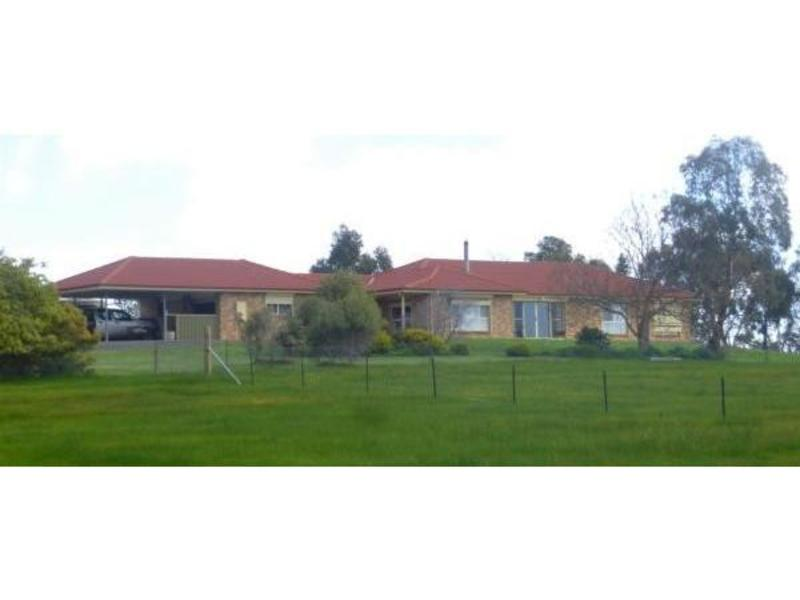 272 Pipetrack Road, Stawell
