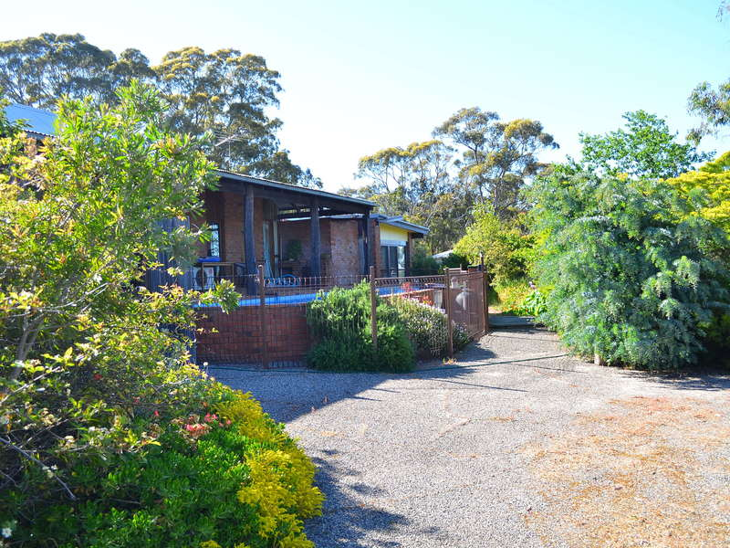 4 Cosson Place, Stawell