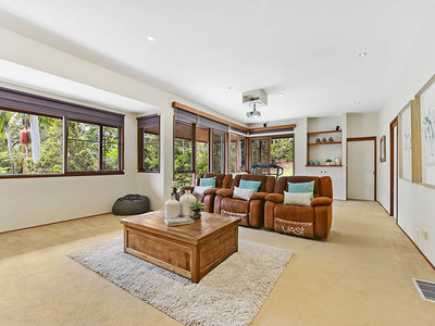 43 Loquat Valley Road, Bayview