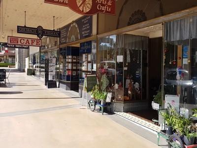 HOSKINS STREET, Temora