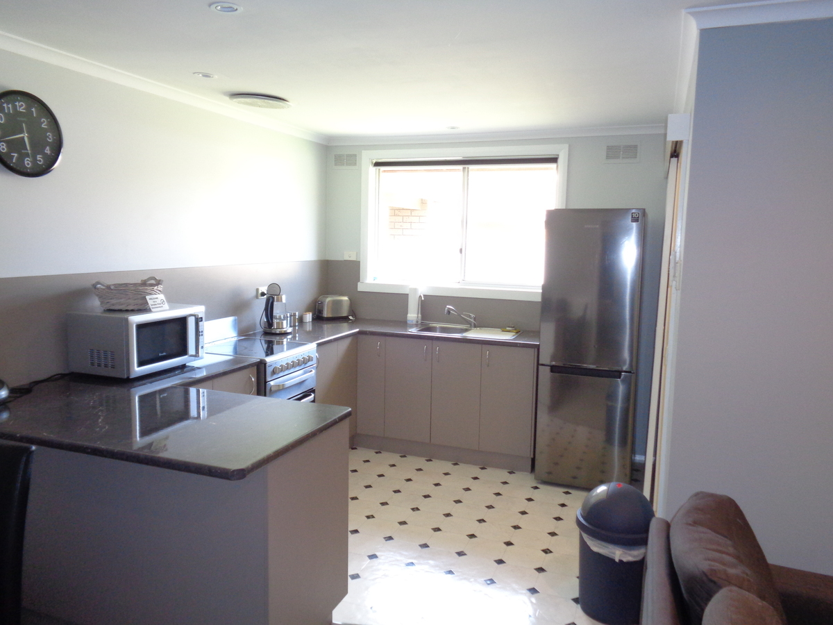 2 / 9 Priory St , Rochester