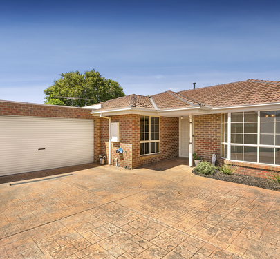2 / 10 Wallace Crescent, Strathmore