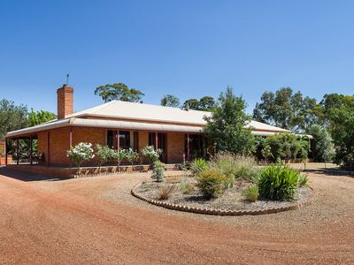 25 Bassett Road, Muckleford South