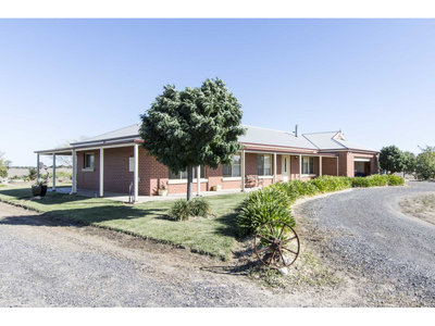 465 West Road, Horsham