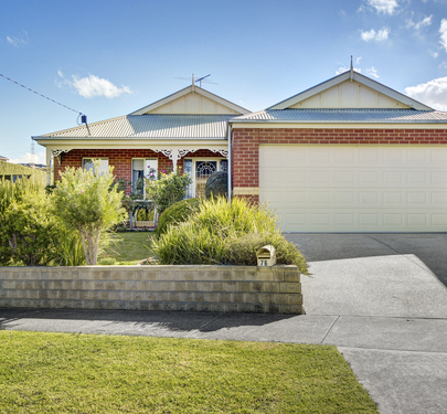 76 Wandana Drive , Wandana Heights