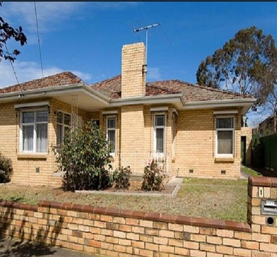 1 Overman Court, Essendon