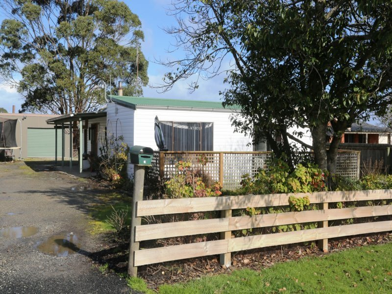 10  Rocklyn Road, Smithton