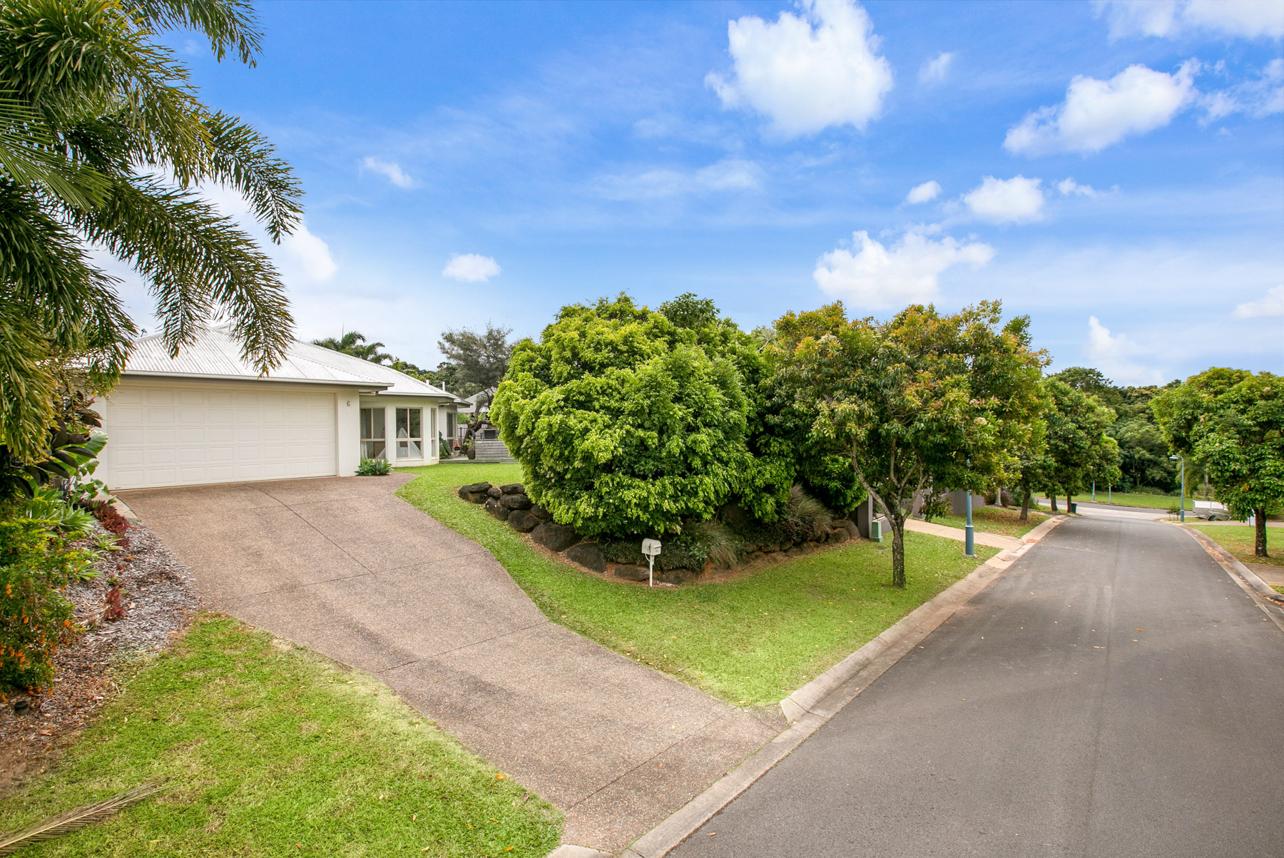 6 Ellestree Close, Redlynch