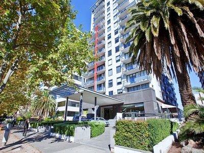 915 / 610 St Kilda Road, Melbourne