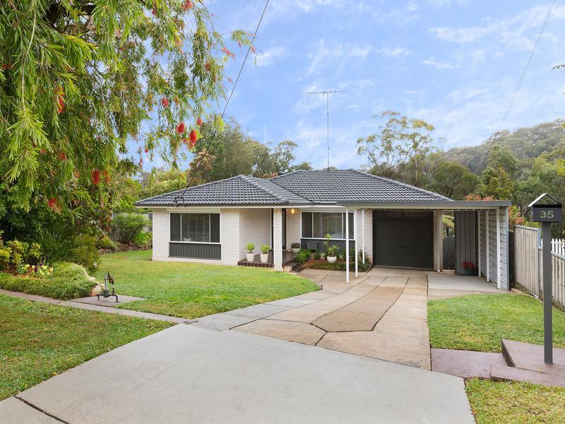 35 Birdwood Avenue, Winmalee