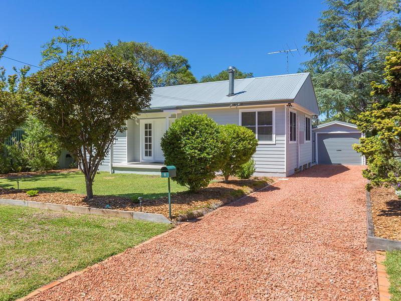 6 Elizabeth Road, Mount Riverview