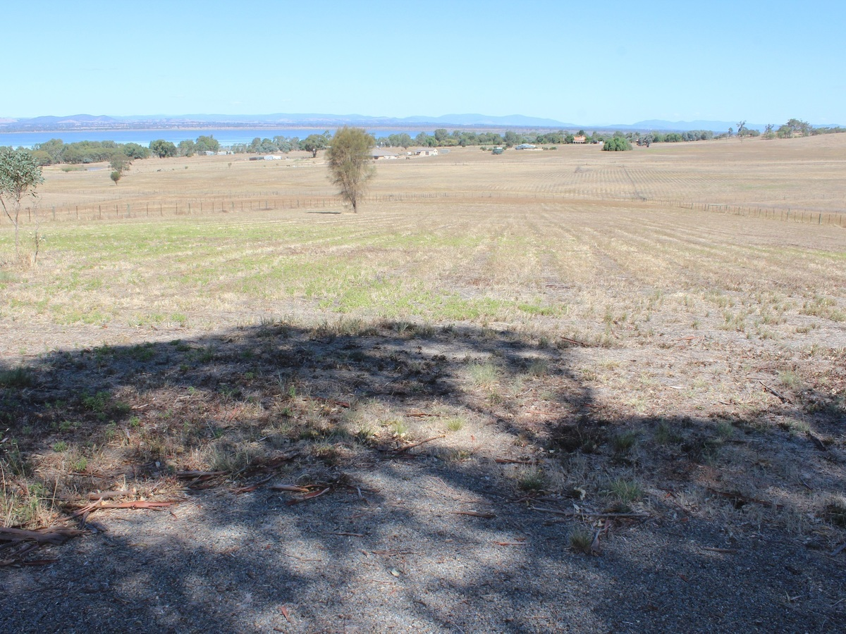 Lot 41, Lakeside Drive, Chesney Vale