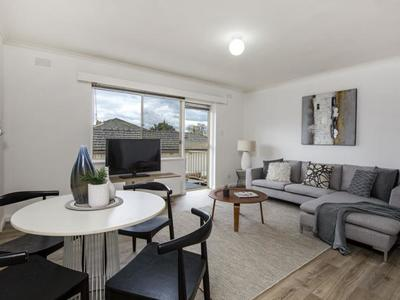 9/44 Fletcher Street, Essendon