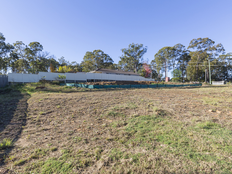 306 Singles Ridge Road, Yellow Rock