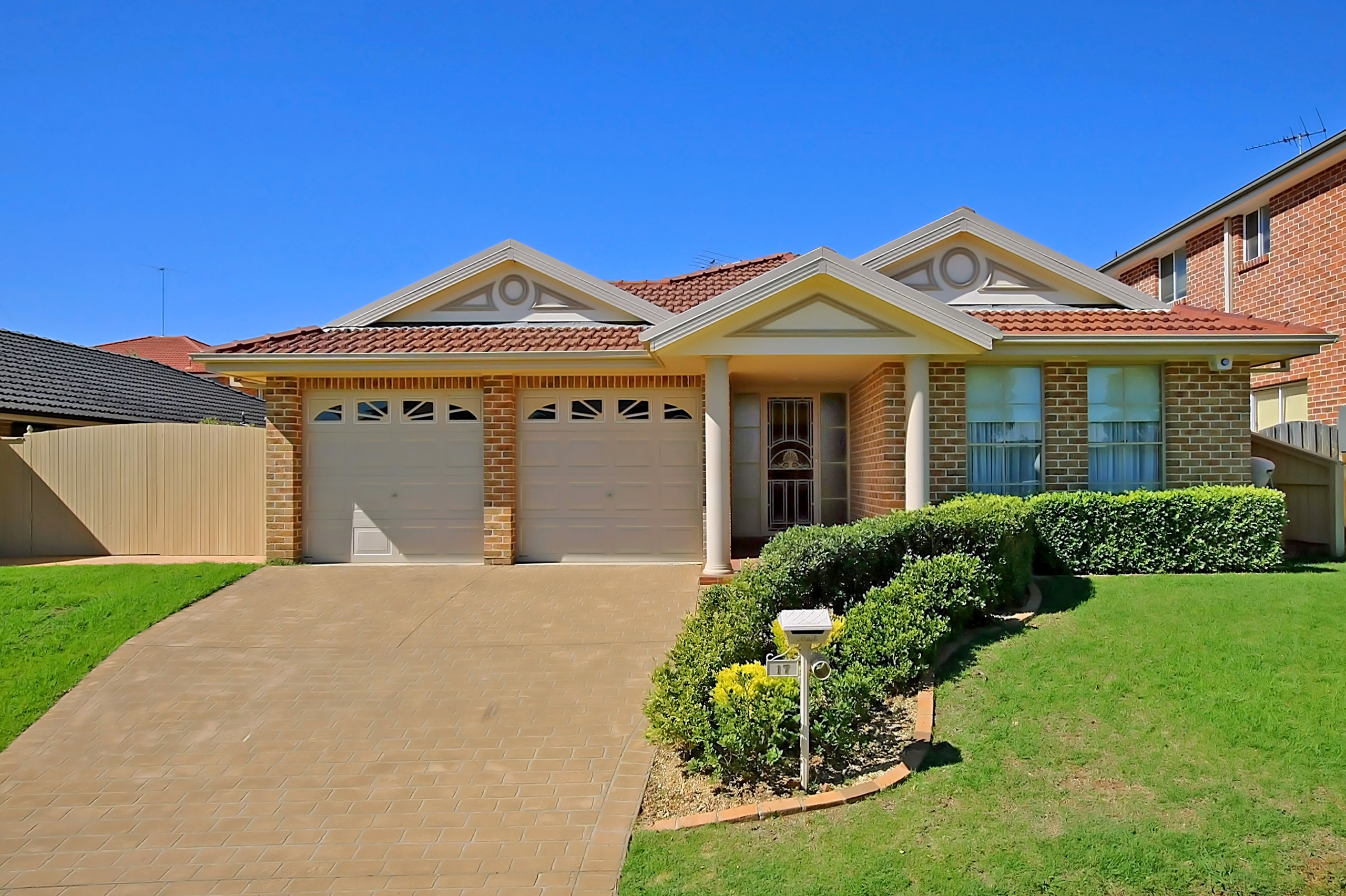 17 Queensbury Avenue, Kellyville