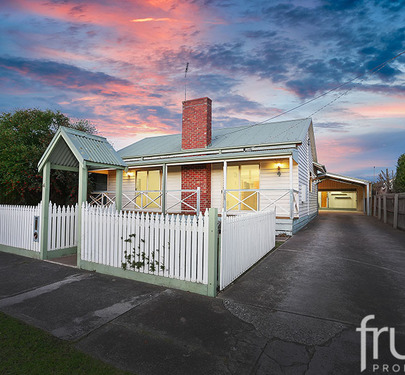 4 Helmer Crescent, Thomson