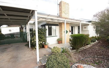 17 Federation Avenue, Horsham