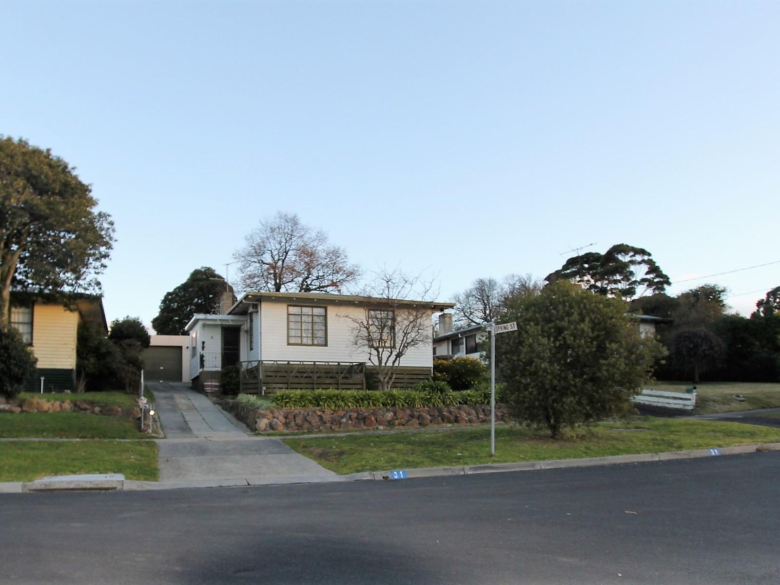 31 McQueen Ave, Korumburra