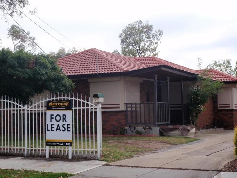 4 Maplewood Road, Kings Park