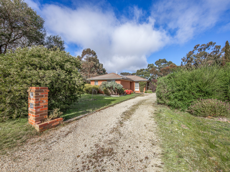 12 Digby Drive, Romsey
