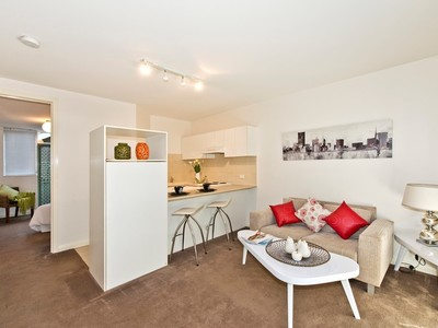 2 / 506 Glenferrie Road, Hawthorn