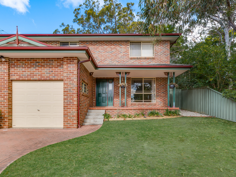2 / 13 Russell Avenue, Faulconbridge