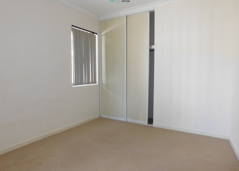 29 / 5 Eastleigh Loop, Currambine