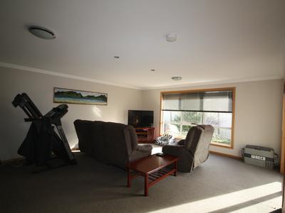 9 Sandy Crescent, Wynyard