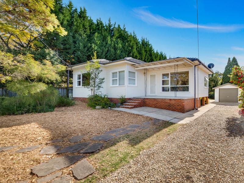 22 Birdwood Avenue, Winmalee