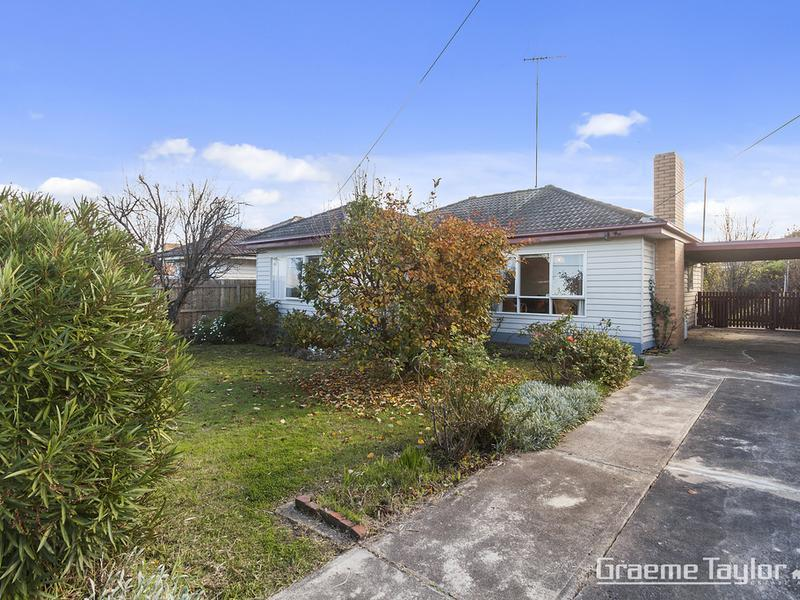 64 Apex Avenue, Belmont