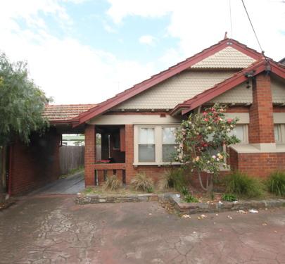 2 / 77 Ballarat Road, Footscray