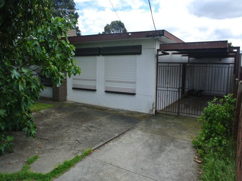 100 Rosehill Road, Keilor East