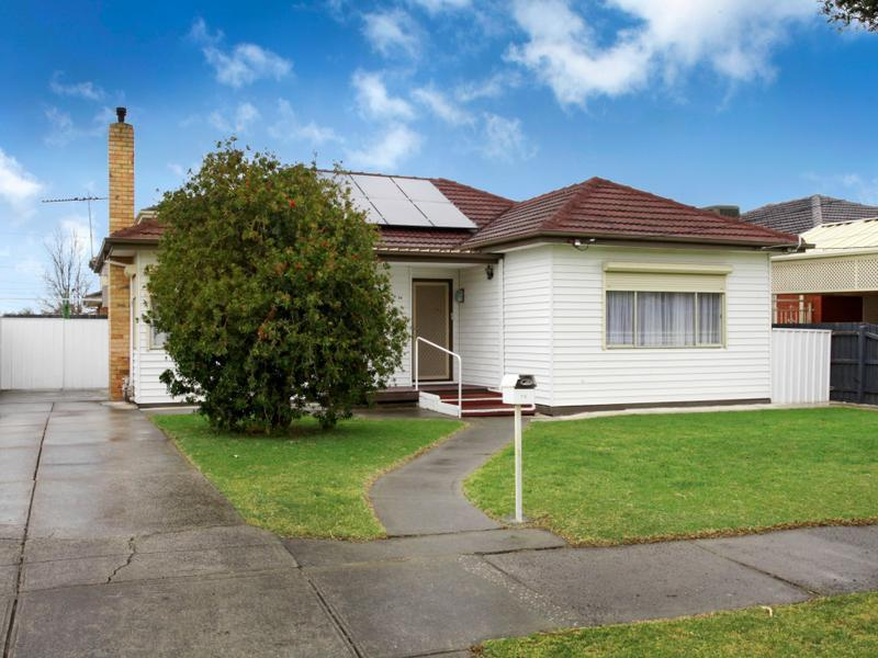 79 Victory Road, Airport West