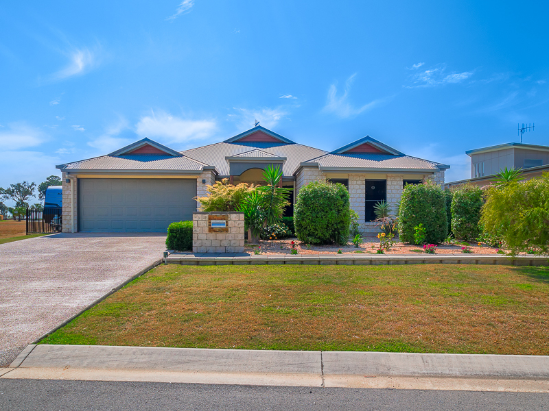 5 Majestic Court, Burrum Heads