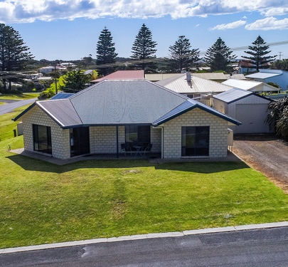 14 Chambers Street, Beachport