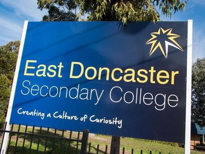 1&2 / 53 Devon Drive, Doncaster East