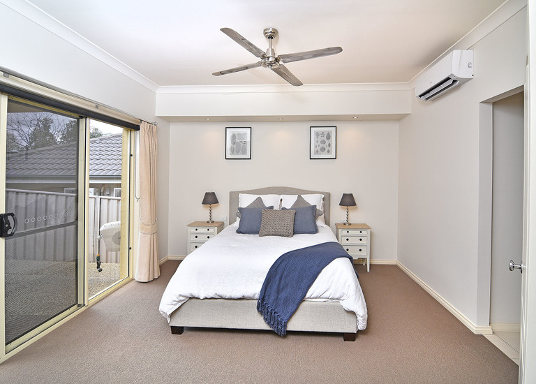 70 Johnston Road, Albury