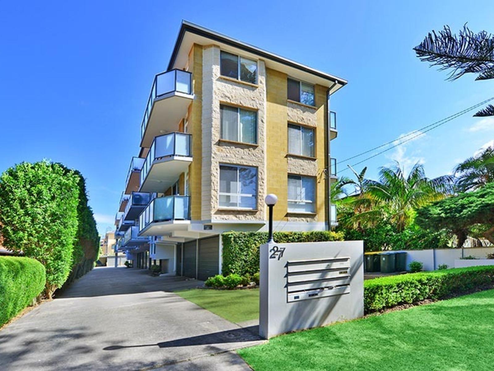 6 / 27 Seabeach Avenue, Mona Vale