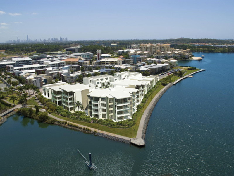 A1 / 9 Moores Crescent, Varsity Lakes