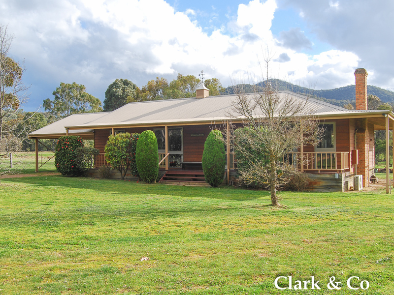 544 Howes Creek Road, Goughs Bay