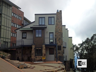 301 / 108 Summit Road, Valley View Apartments, Mount Buller