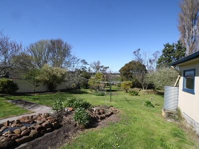 53 Old Bass Highway, Wynyard