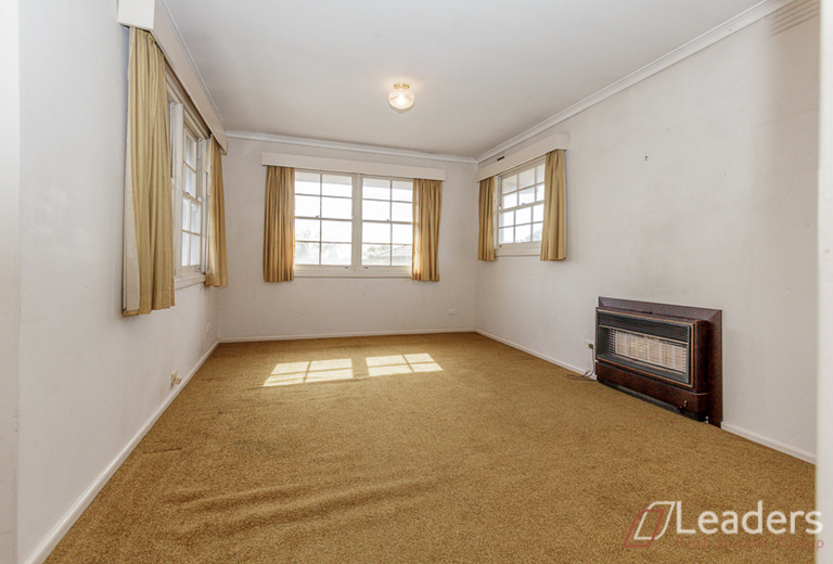 418 High Street Road, Mount Waverley